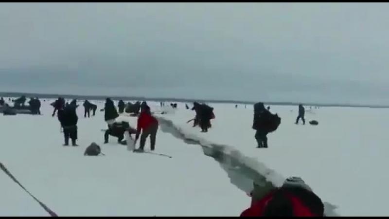 Лёд тронулся Охотское море