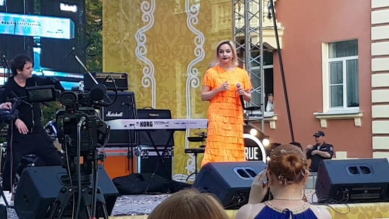 Татьяна Буланова ДР Петергофа 15.07.18