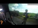 06.07.2014. Военные на Донбассе получают украинские флаги