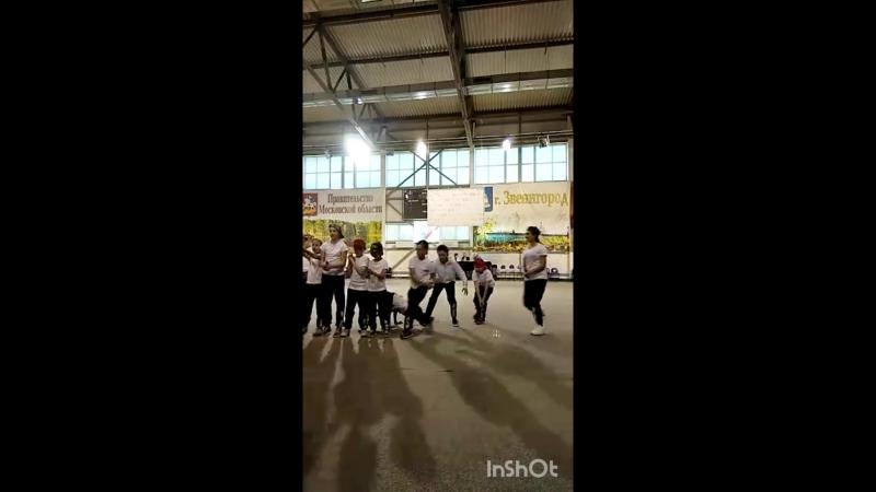 Брейк данс команда школы ТанцеТория в СК Звезда
