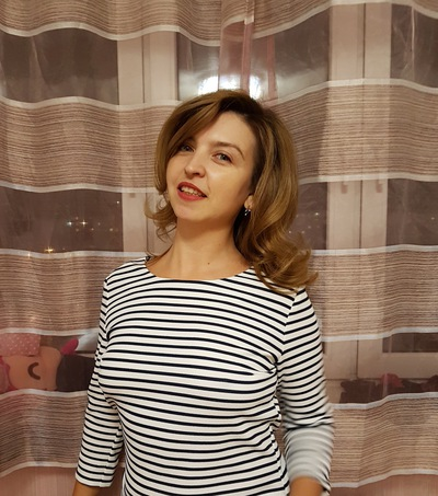 Анна Бисерова
