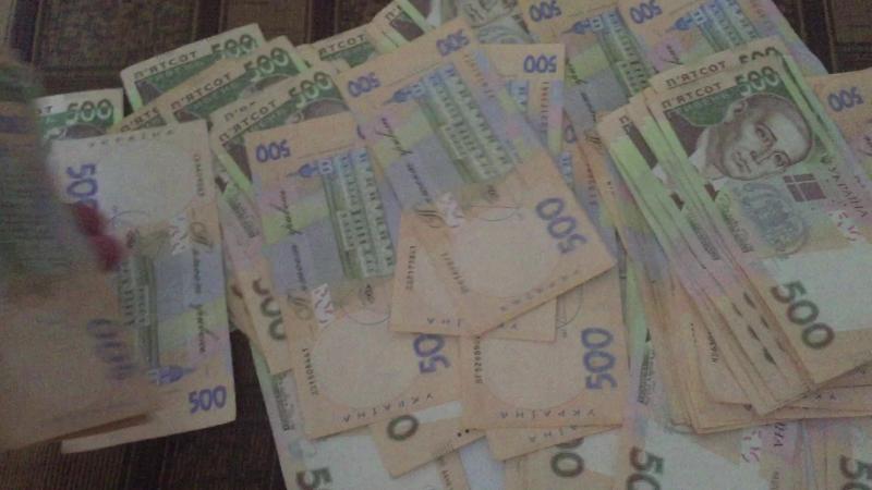 Все мои друзья знакомые и партнеры всем советую начинать с проектом moneyfast . 80 000 грн. чистого заработка не прилагаю особых