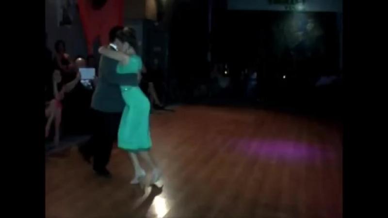 Noelia Hurtado Carlos Espinoza en TSUNAMI (1).mp4