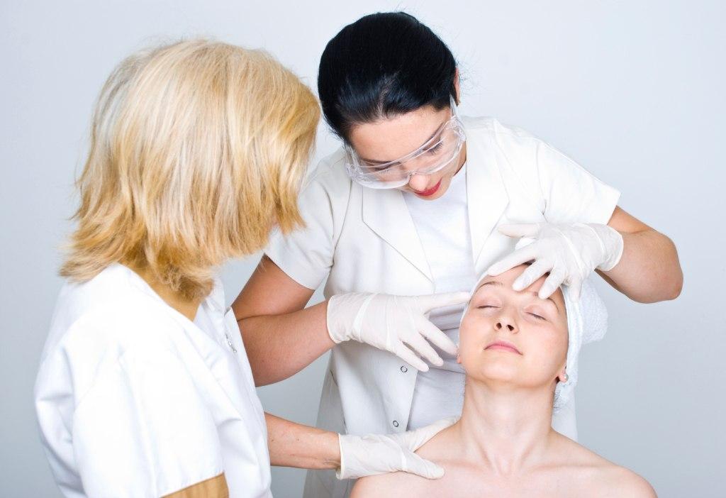 Что такое медсестра дерматолог?