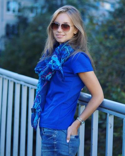 Anutka Khmylova