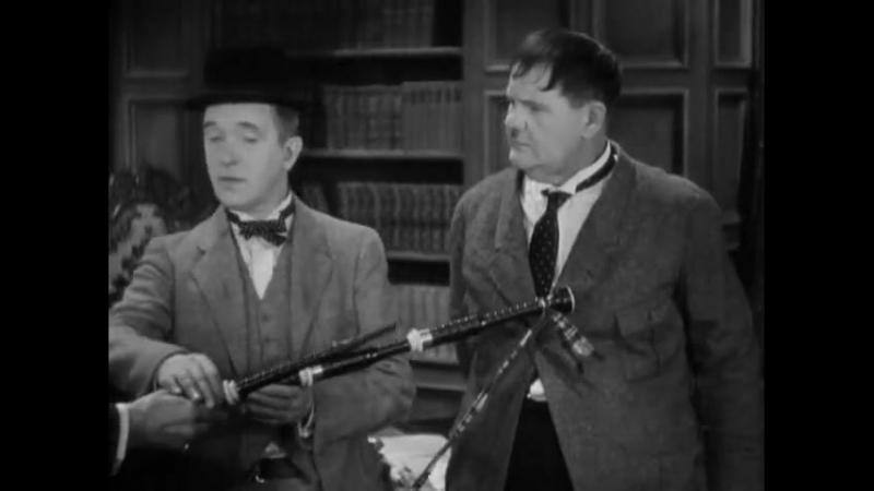 Laurel and Hardy - Bonnie Scotland - 1935