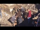 Вскрытие гроба на раскопках в Туле 18+