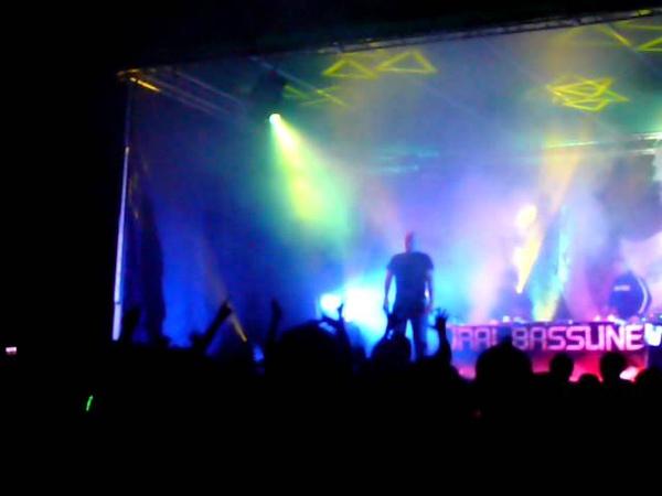 Hardskull MC Roland J @ Ural Bassline Mental atmosphere