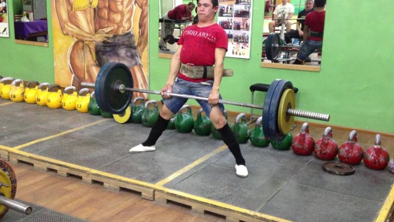 Алимгулов 120 кг 2 по 2 при весе 52 кг