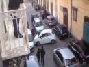 Как развернуть автомобиль в итальянском городе