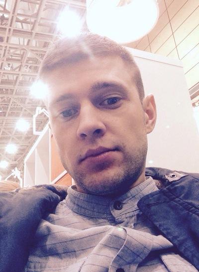 Илья Веселов