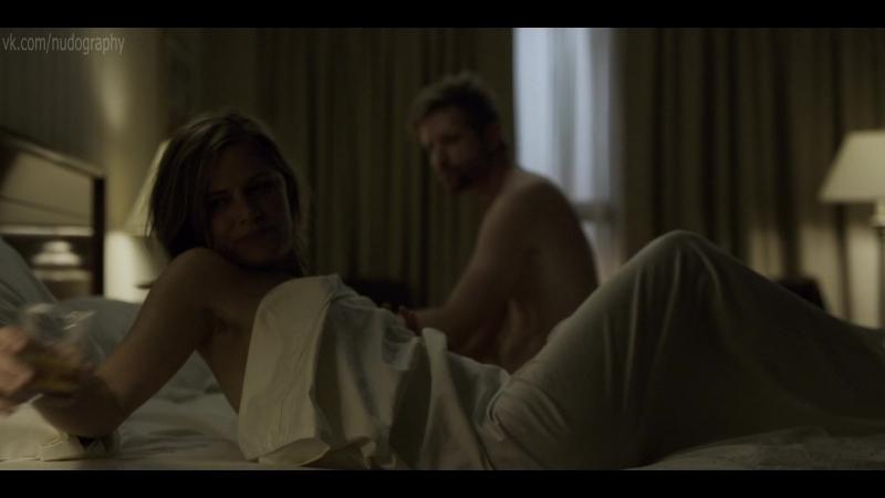 Ким Диккенс (Kim Dickens) голая в сериале