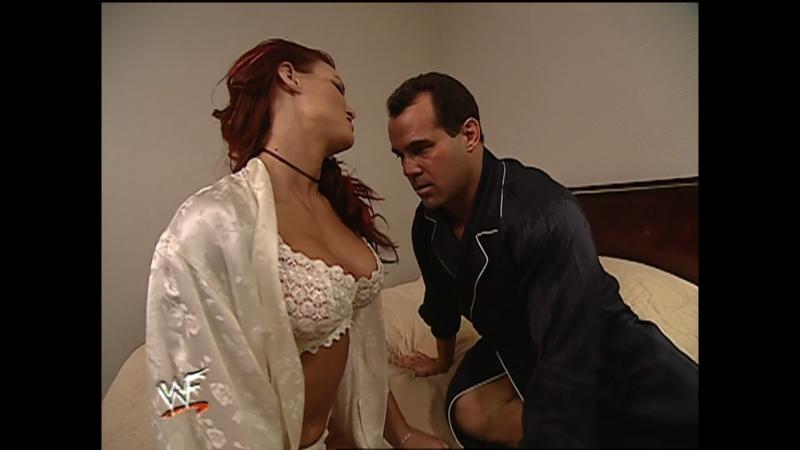 Stream! WWF SmackDown 7 декабря 2000 года c участием Гробовщика, Рока, Стива Остина и других звезд