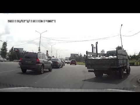 Очередной ИДИОТ на дорогах Владикавказа Осетия Владикавказ Деликат