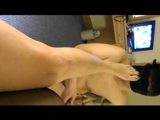 Feet licking slave of Turkish Mistress Reina ❤