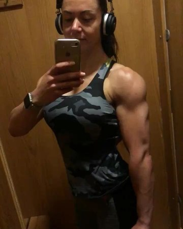 """Melissa Haywood IFBB FigurePro on Instagram """"I felt so tired this morning, I think prep is kicking in now...I sat in the car for 10 minutes before..."""