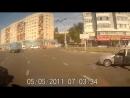 Блокируйте двери машины ( ЯЖМАТЬ)