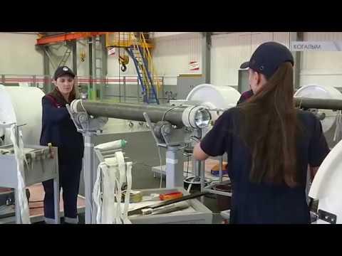 Специалисты ЛУКОЙЛ-ЭПУ Сервис работают над модернизацией вентильных двигателей.