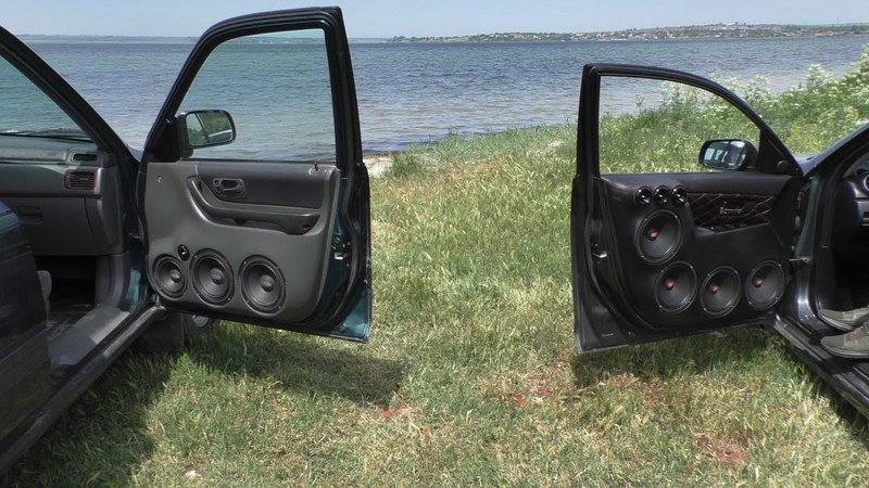 Mazda 3 Хэтчбек на Герцах и Альфардах