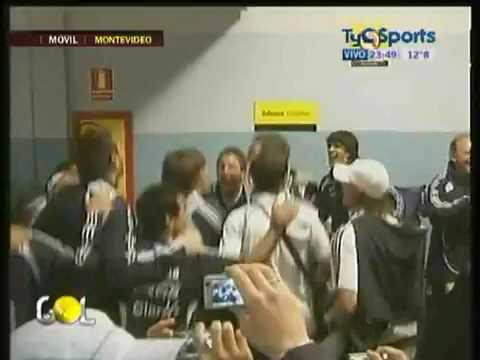 TyC Sports Festejos en el vestuario argentino