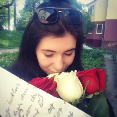 Аня Жовнір