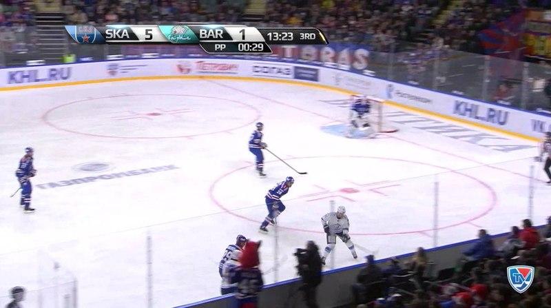 Моменты из матчей КХЛ сезона 14 15 Удаление Сен Пьер Мартен Барыс оказался в штрафном боксе за удар соперника клюшкой 19 1