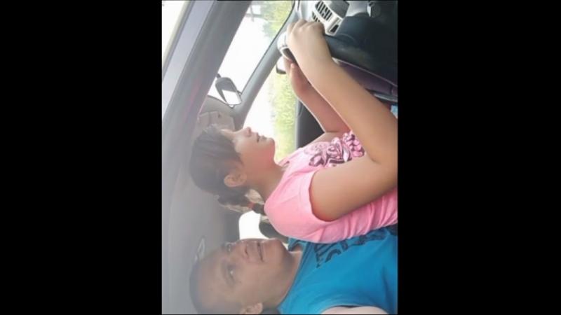 Учимся водить.