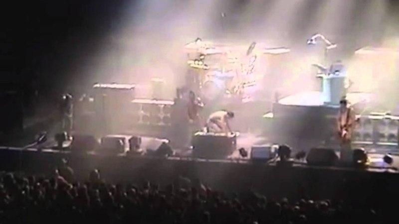 [07] Rammstein - Bück Dich (Palace of Auburn Hills 23-10-2001), Detroit, USA