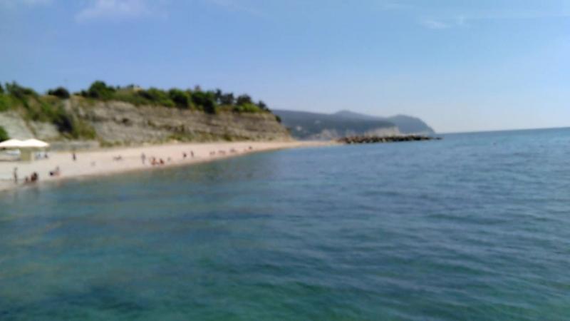 живописный пляж санатория