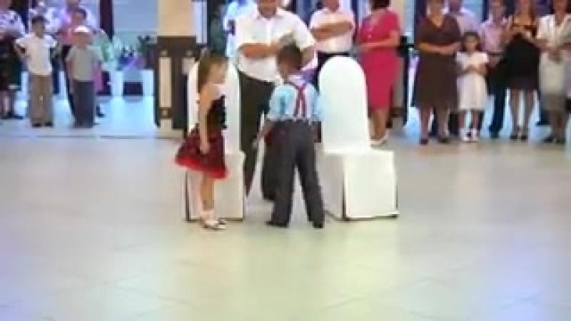 Супер танец детей...