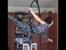 Aerial hoop split houm atmos v e r a