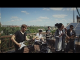 Широко Открытыми - Ближе (live на крыше)