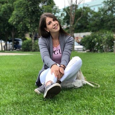 Ангелина Прибыткина