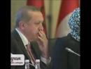 Эрдоган смотрит документальную программу про 15 июля ночь путча