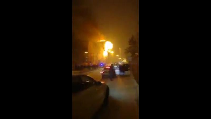 Пожар на Ткацком в Тюмени 2