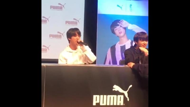 Jin_love😍Мне бы валидол понадобился, если бы Джин сказал саранхэ в 5 метрах от меня 😍