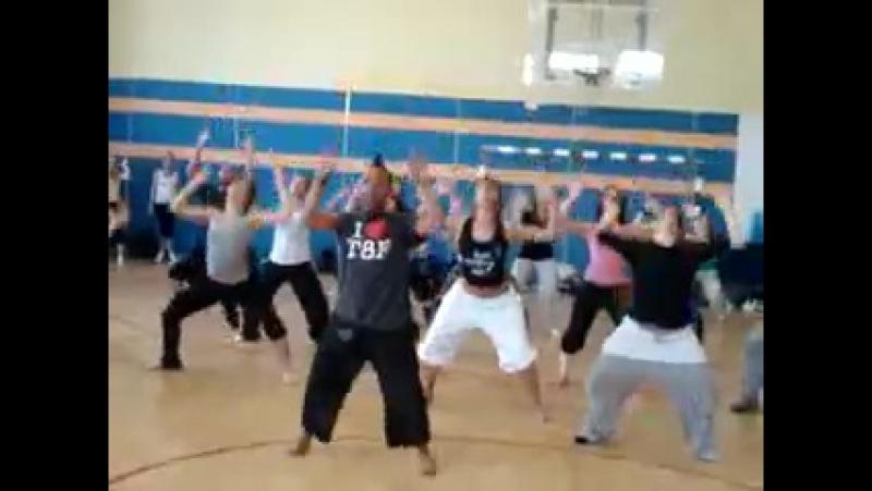 Project818 Andre Fuentes урок по Jazz Rihanna Fire Bomb