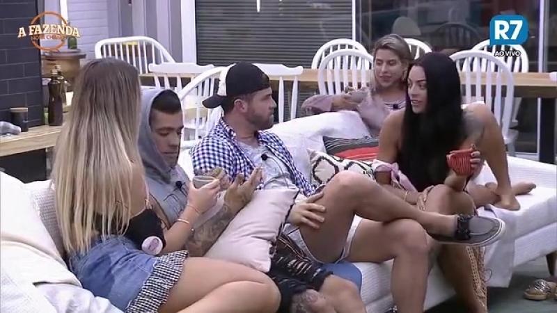 Olha essa mão nojenta cheia de calo Marcelo pede para Yuri não tocar nele