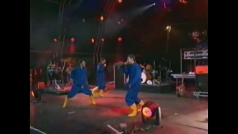 BEASTIE BOYS - Sabotage / Intergalactic (1998-07-12 - T In The Park Festival, Balado, Kinross, GB-SCT)