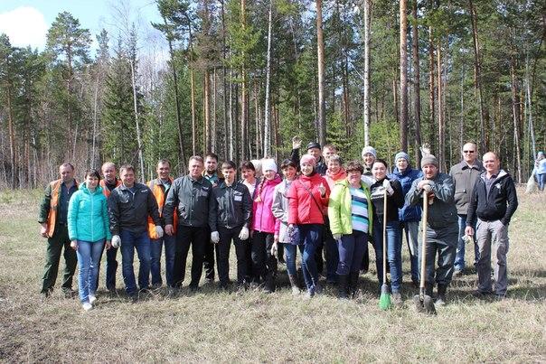 В Усть-Илимска прошел традиционный общегородской субботник