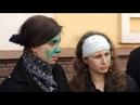 Pussy Riot облили в Нижнем Новгороде зеленкой