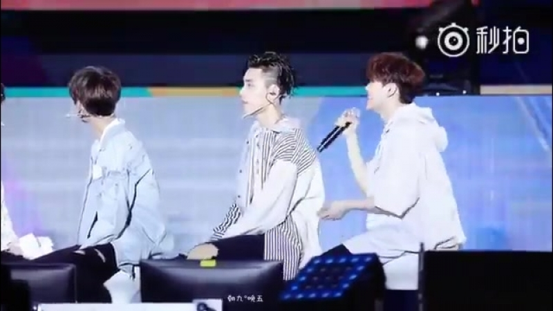 朝九晚五s fancam of Zhangjing imitating Beyoncé ft. Whipped Yanjun - - Seriously, look at Yanjuns smile. - When else does he smile s