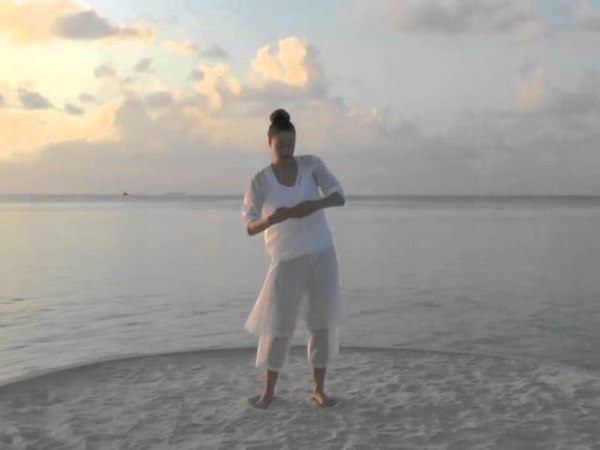Wah Yantee - Celestial Communication Dance the Yoga Waah Yantee BenJahmin Ji- Simone Schmidt