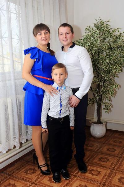 Яночка Гусарова