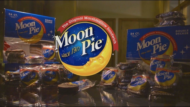 A Sneaky Snack [Moon Pie Commercial]