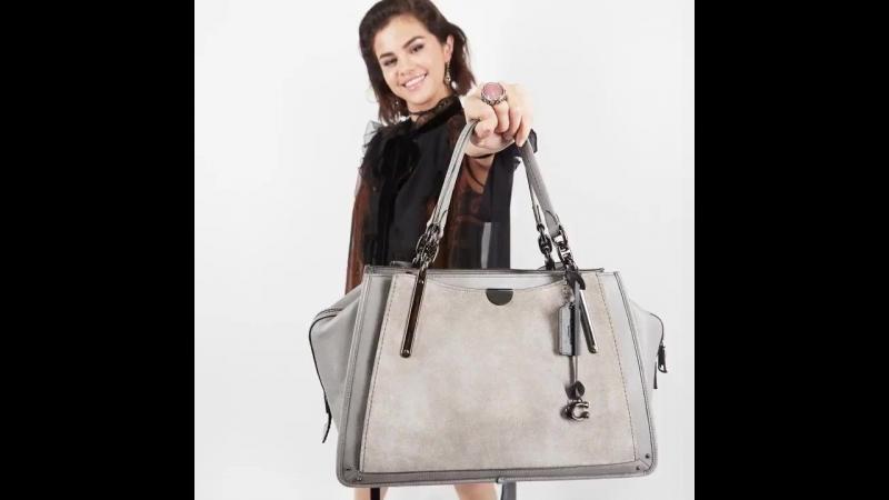 Новые рекламные материалы с Селеной для бренда «Coach».