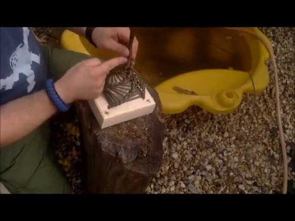 How To Make a Willow Bird Feeder, BushCraft meets Conservation