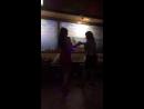 танцую с мамой на Юбилее моем