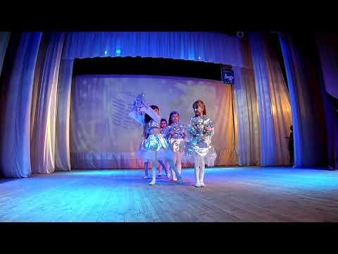 29 Танцевальная группа «Звездочки» танец «Воспоминание о зиме»