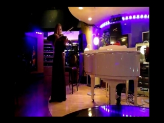 Vasilisa Fedorova plays the theme from Laura